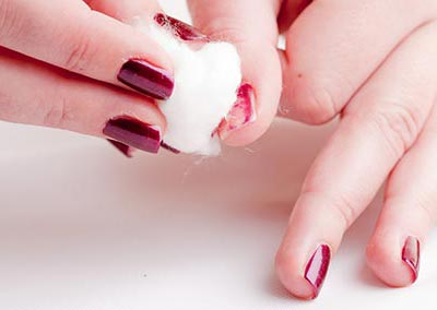 Remove existing nail paint