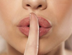 Oh yes, We Caught You! Things Women Do Right Before Sex But Never Admit To