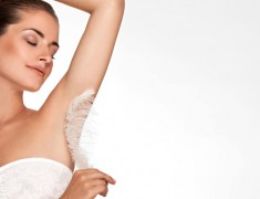 How To Get Rid Of Dark Underarms? Try Out These Easy Ways