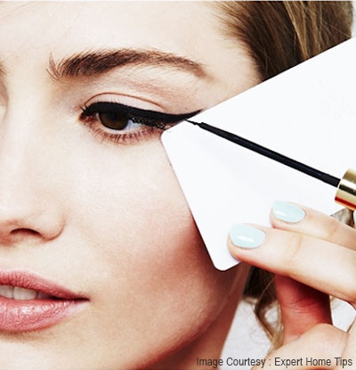 cat eye using either a post it or credit card