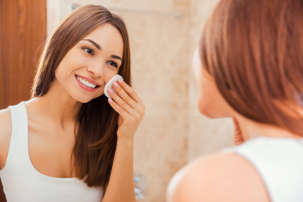 4. Establish an effective night and day skin care routine.