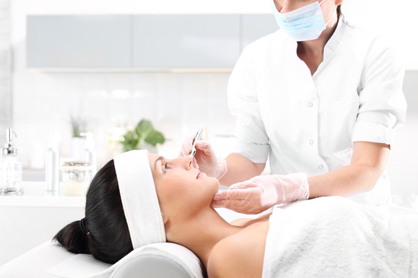 5. Undergo dermatological treatments that allow the skin to regenerate