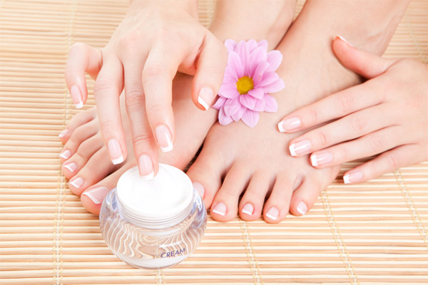 5. USE LANOLIN-BASED CREAMS