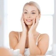 How to Treat Brown Spots on Face? The Tips You Need to Know!