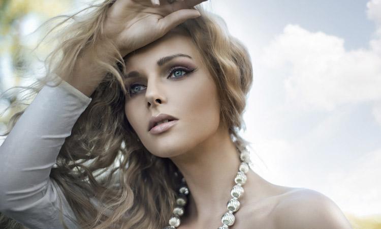 Beautiful Summer Makeup Look