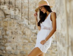 Ultimate Guide To White Summer Dresses For Women This Season