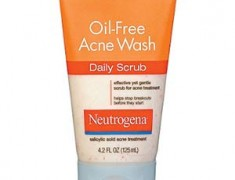 Neutrogena Oil-Free Acne Wash Daily Scrub Review