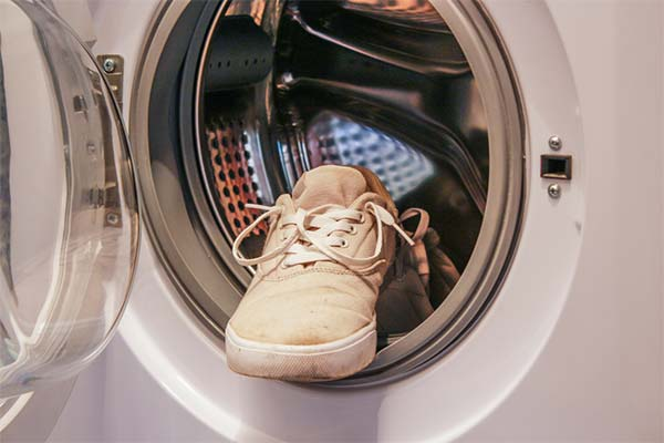 shoes in washer
