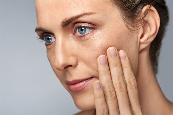 Signs And Causes Of Early Aging