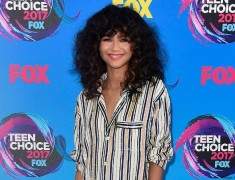 2017 Teen Choice Awards Looks: The Top 11 Best Red Carpet Looks.