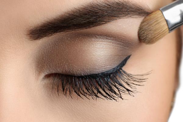 makeup beginners tips