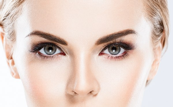 what is an eye contour area