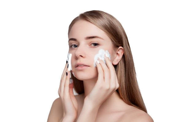 how to clean pimple area