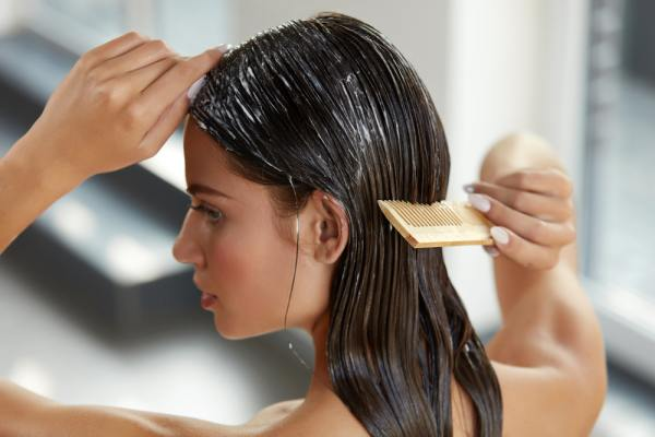 What Causes Oily Hair