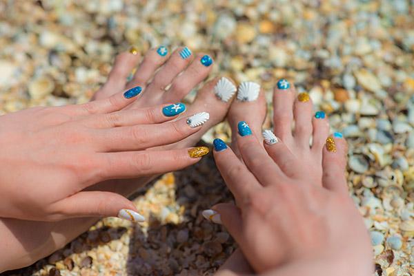 summer star nail design