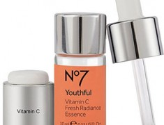 No7 Youthful Vitamin C Fresh Radiance Essence Review